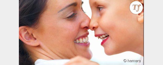 Fête des mères : offrir des cadeaux à sa maman, une vieille tradition