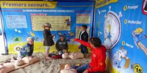 Découvrez les gestes de premiers secours à la plage