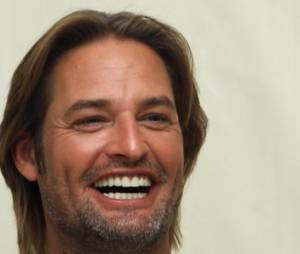 """Batman vs Superman"" : Josh Holloway rejoint le casting ?"