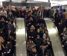 Interruption de trafic sur le RER A et B : les usagers racontent leur galère sur Twitter