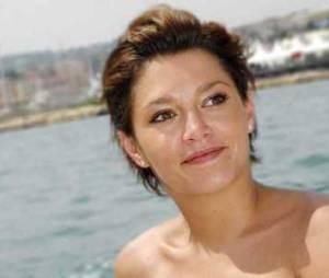 Emma de Caunes révèle sa bisexualité