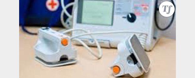 Risques cardiaques : installation de 4 défibrillateurs à Paris