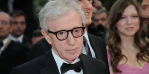 Affaire Woody Allen : un frère de Dylan Farrow affirme qu'elle ment