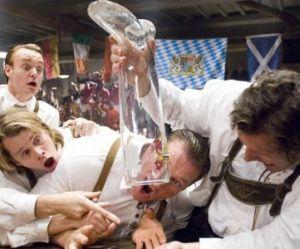 Neknomination : qu'est-ce-que c'est que ce nouveau jeu d'alcool débile ?