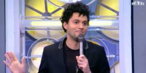 MyTelefoot : qui est Tony Saint Laurent, le dandy humoriste de l'happy football ?