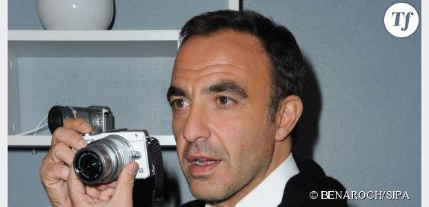 """Nikos Aliagas : Twitter est une drogue pour l'animateur de """"The Voice"""""""