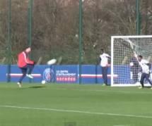 Zlatan Ibrahimovic : son but incroyable à l'entraînement du PSG (vidéo)