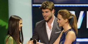 Nina Dobrev (Vampire Diaries) en couple avec Liam Hemsworth ?