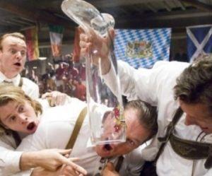 De la « Neknomination » à la « Smartnomination »: le jeu à boire se transforme en bonne action