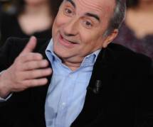 Rendez-vous en terre inconnue : Antoine Duléry voudrait participer au programme
