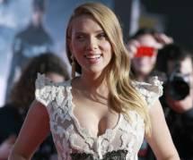 """Scarlett Johansson : """"Critiquer Woody Allen est irresponsable"""""""