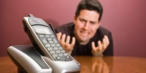 On perd une journée par an à tenter de contacter les services clients. Et les plus injoignables sont...