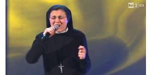 """""""The Voice"""" : une religieuse chante Alicia Keys au casting - vidéo"""