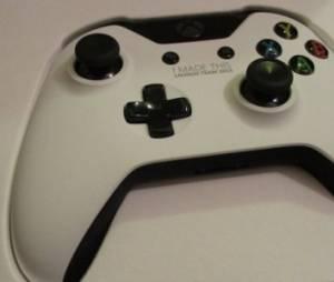 Xbox One : une console blanche vendue à prix d'or sur Ebay