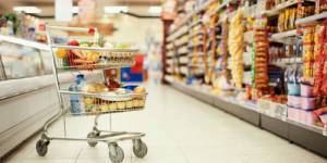 Hausse des prix : grandes surfaces, agriculteurs, à qui la faute ?
