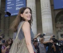 """""""Dan Late Show"""" : Frédérique Bel fait le show sans culotte"""