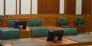 Les jurés populaires introduits dans les tribunaux correctionnels