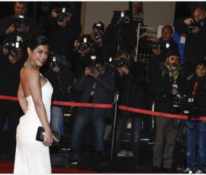 Cannes 2014 : Ayem Nour montre sa culotte (photo)