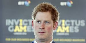 Le prince Harry oublie Cressida Bonas dans les bras d'une mystérieuse blonde
