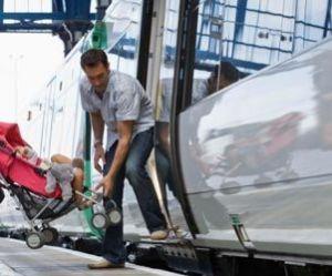 Vacances : la SNCF et les aéroports développent les services aux voyageurs