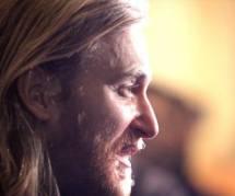 """David Guetta : voir sa parodie dans le """"Saturday Night Live"""" - Vidéo"""