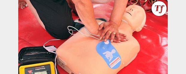 La caravane d'été de la Croix-Rouge enseigne les gestes qui sauvent