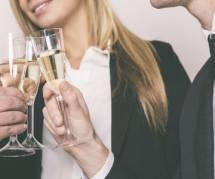 Boire de l'alcool au bureau bientôt interdit ?