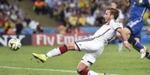 Finale de la Coupe du monde Brésil: revoir Mario Götze marquer et faire gagner l'Allemagne - video