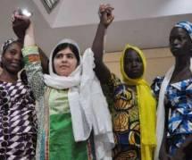 Nigeria : Malala Yousafzai au chevet des familles des lycéennes enlevées