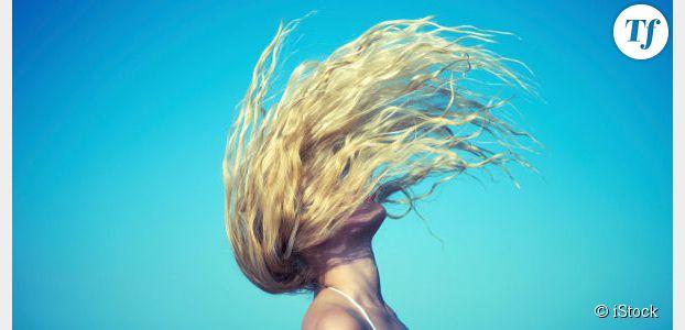 Beachy hair : des cheveux de surfeuse pour l'été – tuto et sprays