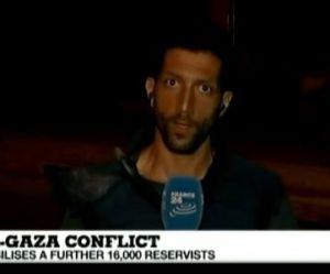 Gaza : une roquette s'abat derrière un journaliste de France 24