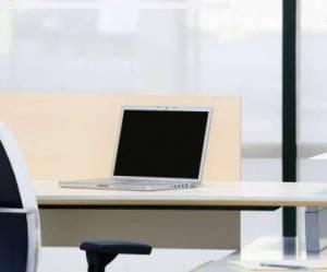 Licenciement pour abandon de poste : ai-je droit au chômage ?