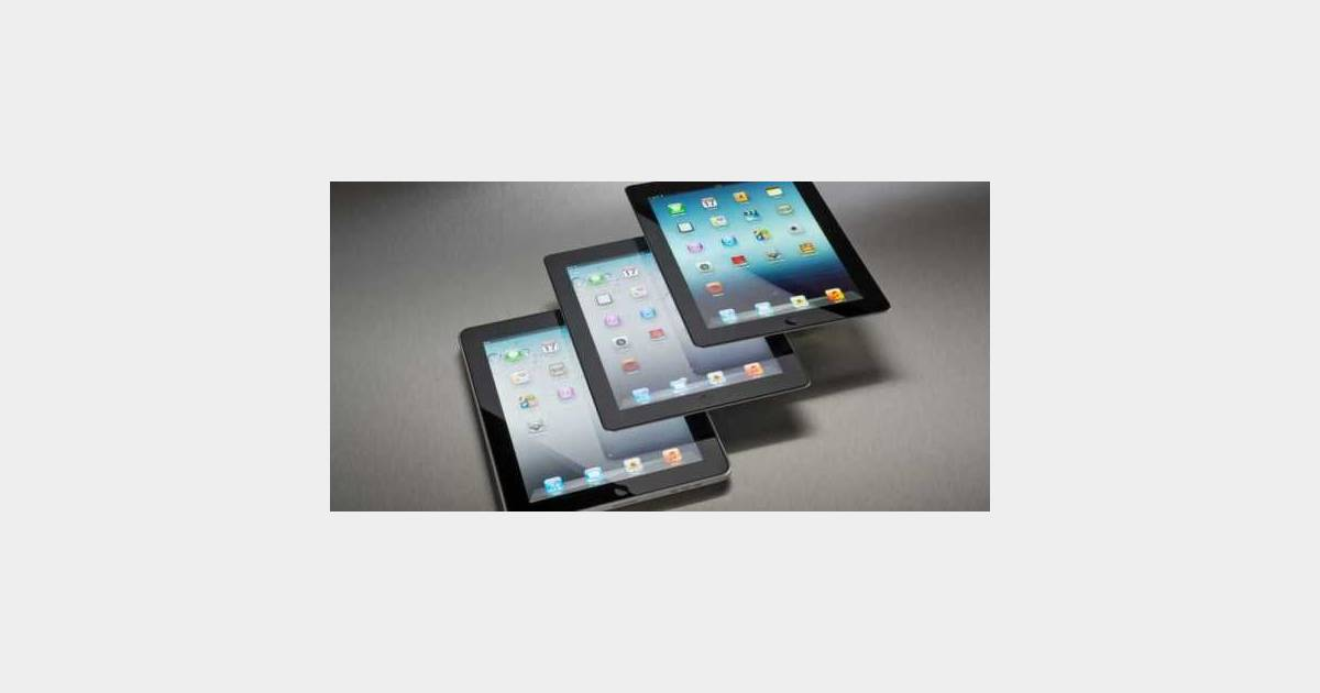 ipad une tablette plus grande pour apple. Black Bedroom Furniture Sets. Home Design Ideas