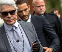 """""""Merci pour ce moment"""" : Karl Lagerfeld soutient Valérie Trierweiler"""