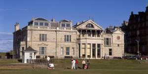 Les femmes enfin acceptées dans le plus prestigieux des clubs de golf britannique