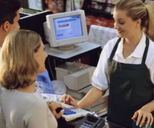 Lettre de motivation pour un poste d'hôtesse de caisse : modèle et conseils