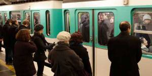 À Paris, 8 femmes sur 10 pensent qu'elles ne recevraient aucune aide en cas d'agression dans le métro