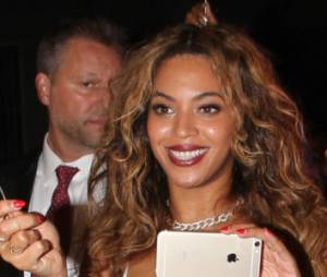 "Beyoncé : ""7/11"", un titre de son album, disponible sur Internet"
