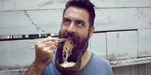 Les incroyables (et poilantes) transformations de la barbe d'un hipster