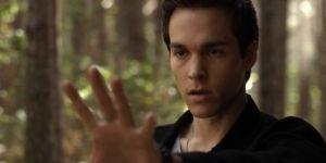 "Vampire Diaries"" saison 6 : Kai est-il une menace pour Delena ?"