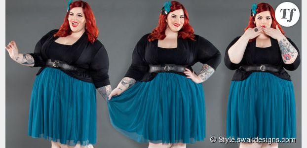 "Tess Munster : le mannequin taille 50 qui ""emmerde"" les standards"