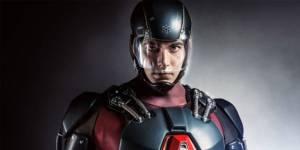 Arrow Saison 3 : le costume d'Atom se dévoile