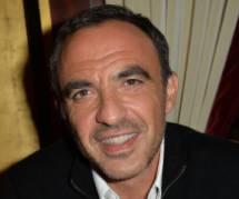 """Nikos Aliagas : revoir ses débuts à la télévision dans """"Croque vacances"""" (vidéo)"""