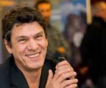 """Marc Lavoine : son livre """"L'homme qui ment"""" remporte un franc succès"""