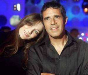 Julien Clerc : sa belle histoire d'amitié avec Carla Bruni