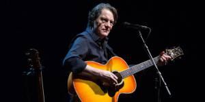 Francis Cabrel : un nouvel album et des concerts en 2015