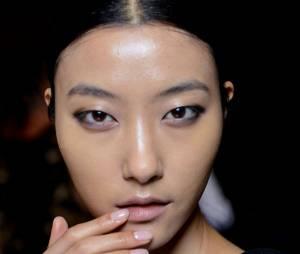 Tendance maquillage printemps-été 2015 : les ongles nude
