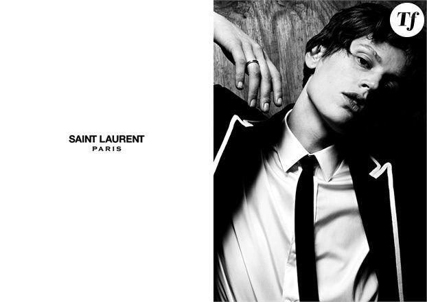 La mannequin hollandaise Saskia de Brauw pose pour la campagne Saint Laurent HOMME printemps-été 2013