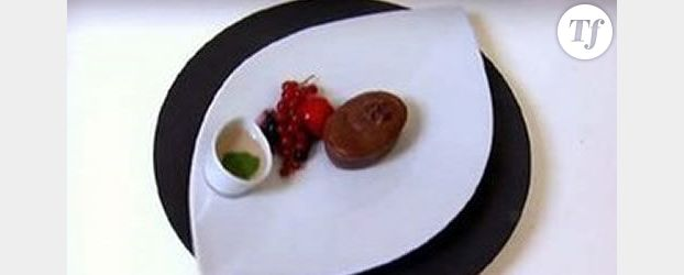 Le moelleux au chocolat coeur de rocher et sauce à la banane de Coralie