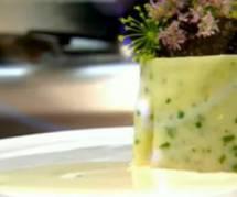 Moelleux sans chocolat de Jean-François Piège à la pomme de terre et caviar